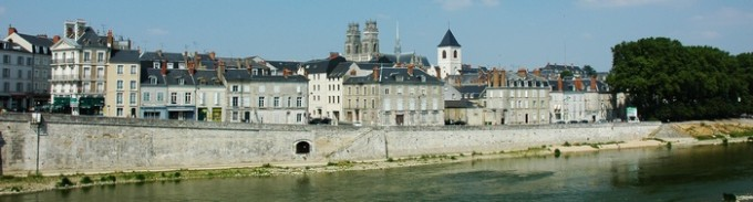 France_Orleans_panorama_01